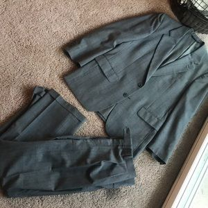 Burberry Gray wool suit